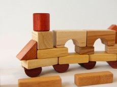 画像6: [アウトレット15%OFF] 積み木 いっぱいセット2段66ピース 名前入り木箱つき 遊び方ガイドつき (6)