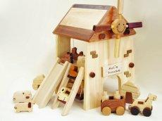画像7: アウトレット25%OFF 木のおもちゃ 知育玩具 1歳 2歳 3歳 ドールハウス 動物人形と風車小屋セット 名前入 組立式 おうちごっこ おもちゃ ドール 滑り台 ブランコ はしご 馬車 木製ドライバー (7)