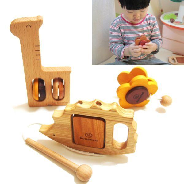 画像1: 木のおもちゃ 赤ちゃん 楽器おもちゃ3個セット 1歳おもちゃ 2歳おもちゃ 1才 2才 男の子 女の子 幼稚園 保育園 無着色 木製 知育 玩具 リズム遊び 音おもちゃ 音の鳴るおもちゃ ラッピング可 スプソリ (1)